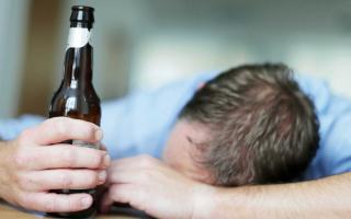 Bác sĩ chỉ cách tốt nhất để giải độc rượu