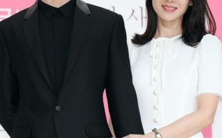 Sánh bước bên Hyun Bin, Son Ye Jin liên tục biến hóa với các kiểu tóc khác nhau